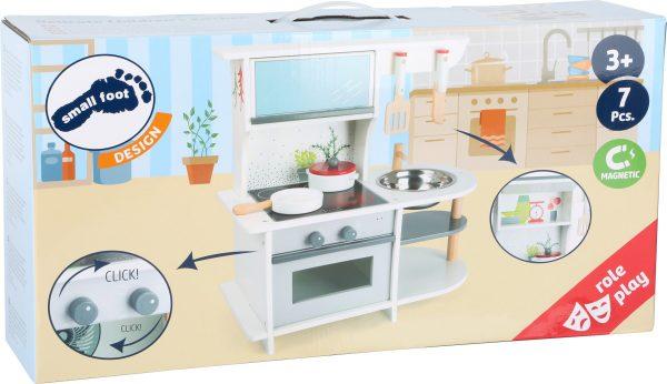 otroška kuhinja z dodatki